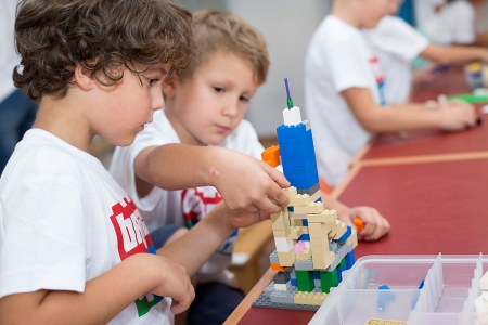 PRZEDSZKOLAKI LEGOLAKI gr. młodsza (3-4 Lata)